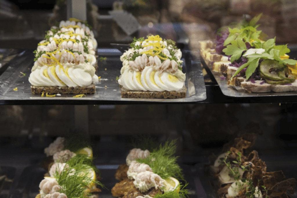 Visite-culinaire-Copenhague-smørrebrod